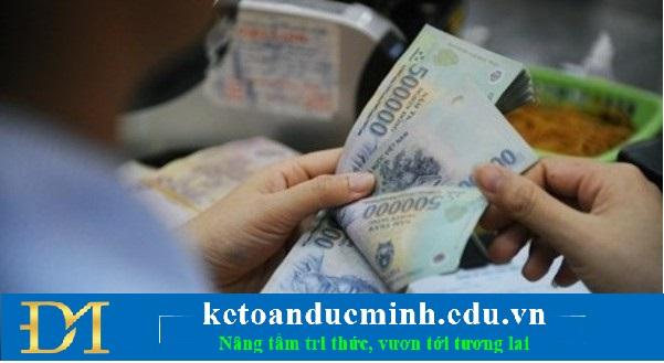 Việc thanh toán tiền lương cho nhân viên không nhất thiết phải diễn ra trong tháng
