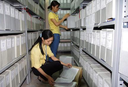 Lưu trữ và sắp xếp chứng từ kế toán