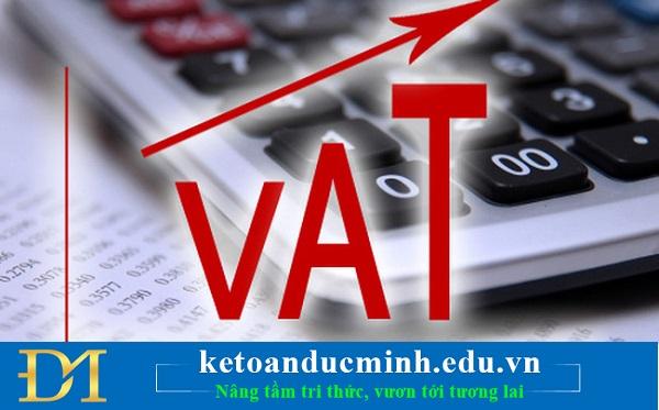 Đối tượng khai thuế giá trị gia tăng theo tháng hoặc theo quý – Kế toán Đức Minh.