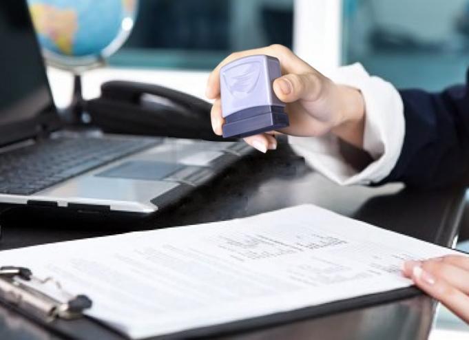 Quản lý và sử dụng con dấu của doanh nghiệp năm 2015