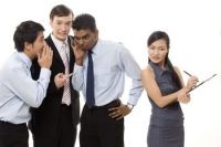 Cách giải quyết 4 tình huống khó xử với đồng nghiệp