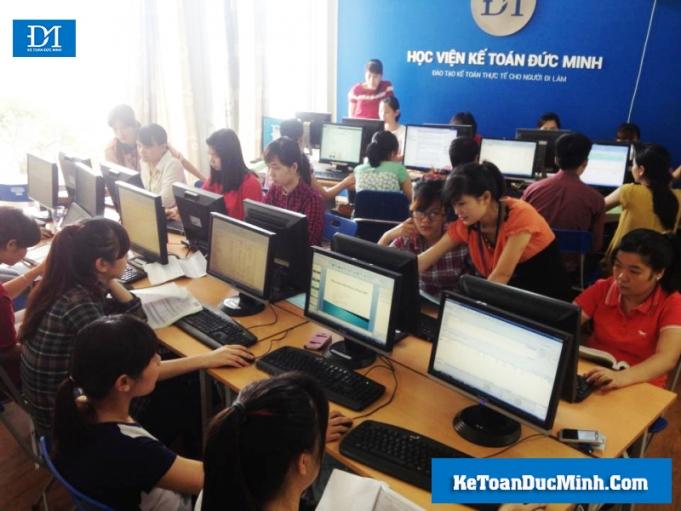 Kinh nghiệm chọn trung tâm dạy kế toán uy tín